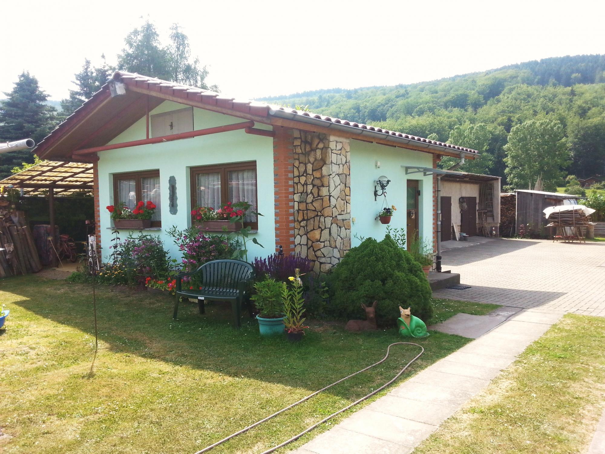 Kleines Haus am Wald - Thueringer-Wald.de